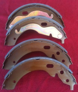 02 brake shoes small